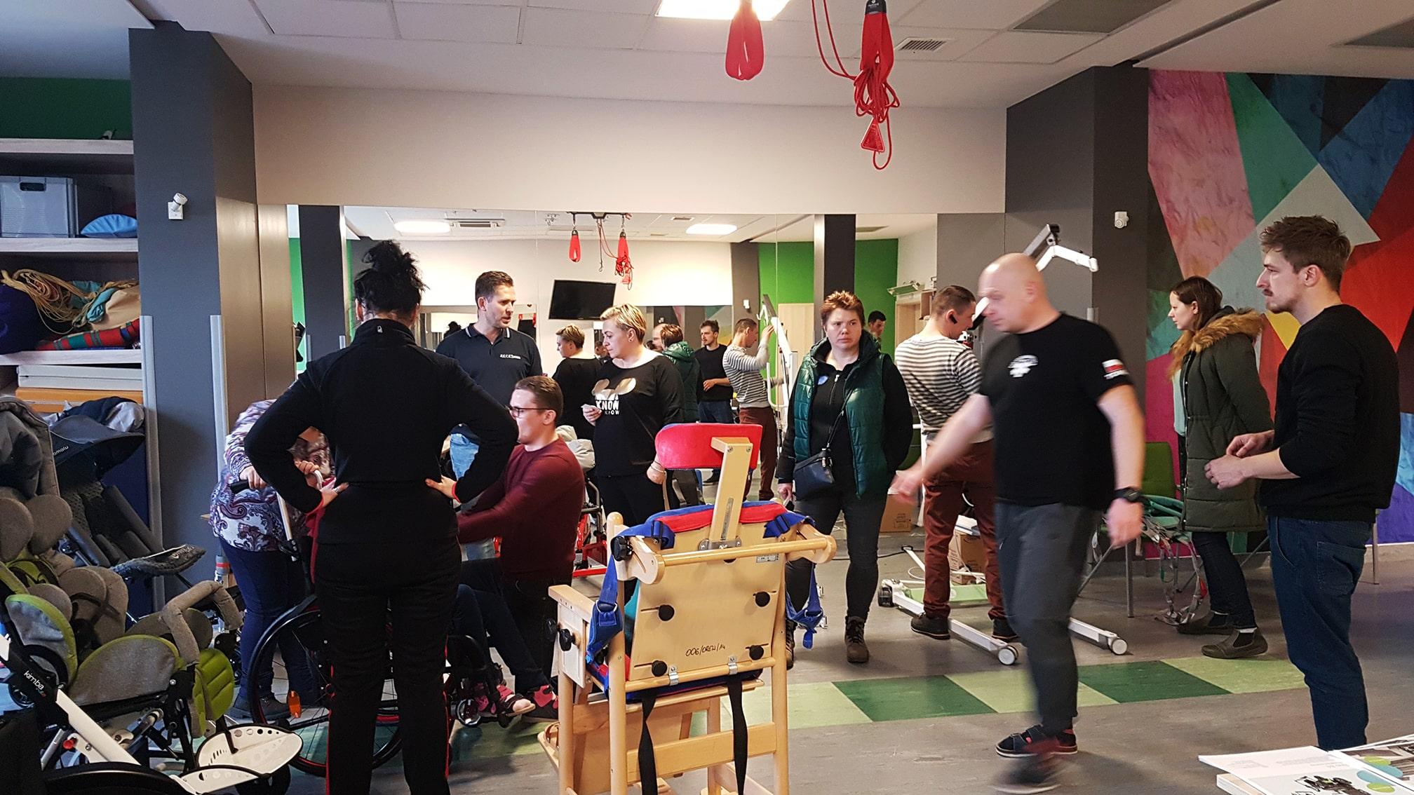 Pokaz sprzętu rehabilitacyjnego dla niepełnosprawnych w Żorach